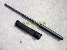 黑色3节的包胶甩棍,21寸便携设计